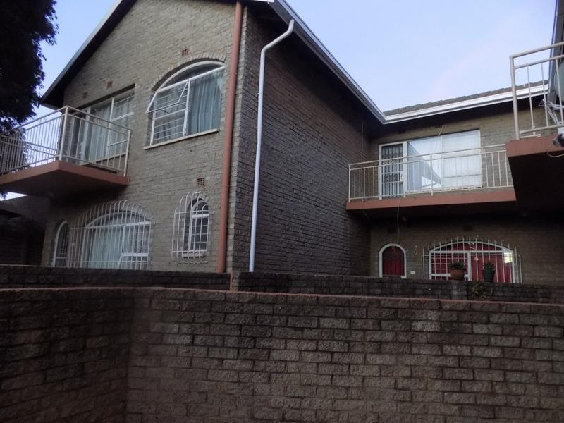 Property For Sale in Florida, Roodepoort 4