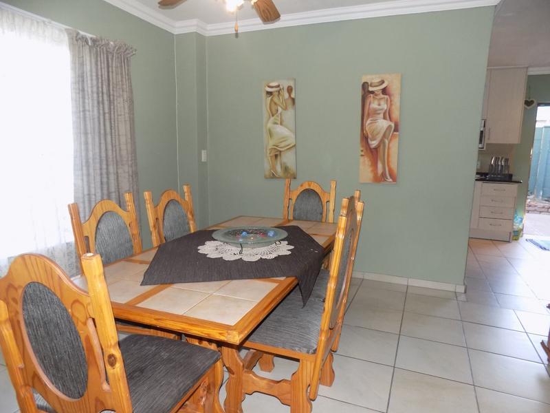 Property For Sale in Weltevreden Park, Roodepoort 3