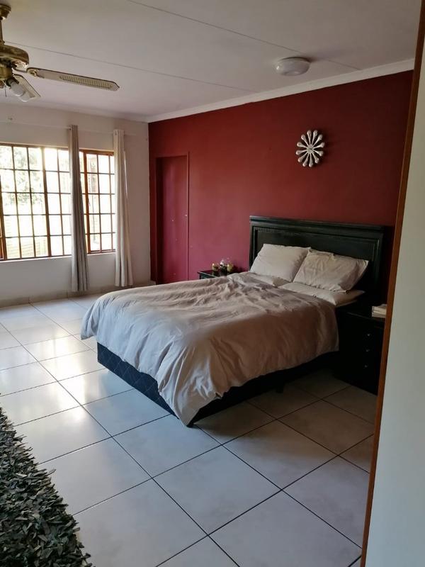 Property For Rent in Weltevreden Park, Roodepoort 5