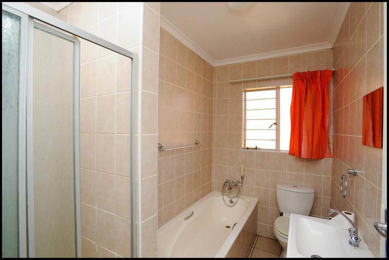 Property For Sale in Sundowner, Randburg 11