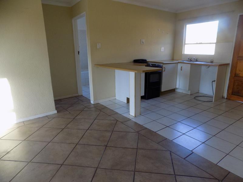 Property For Rent in Weltevreden Park, Roodepoort 6
