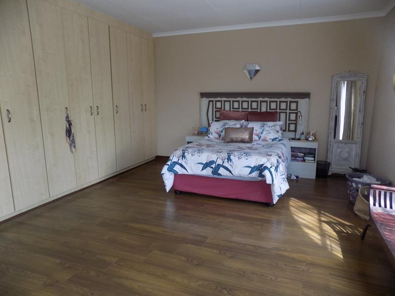 Property For Sale in Weltevreden Park, Roodepoort 29