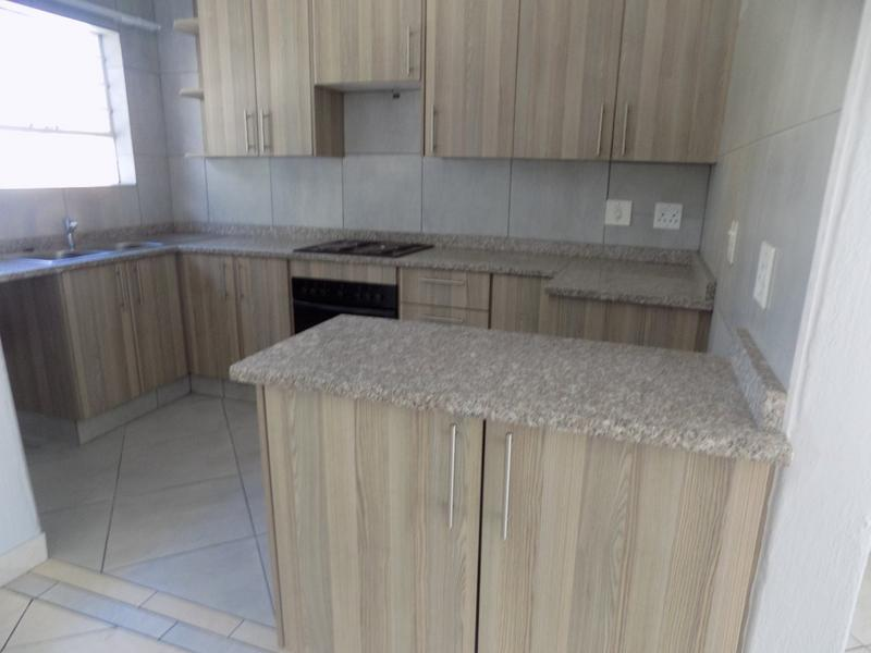 Property For Rent in Fairland, Randburg 5