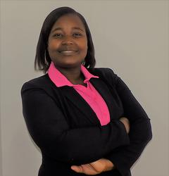 Daphne Mapfumo, estate agent